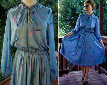 Baby BLUES 1970's Vintage Blue + Purple Polyester Dress with Keyhole Neck and Long Sleeves // size Medium Large