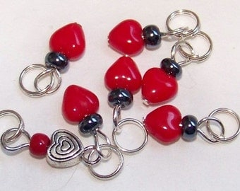 SJK Tinies -- Delicate Stitch Markers for Small Needles -- Eeny Hearts (Bright Candy Red)