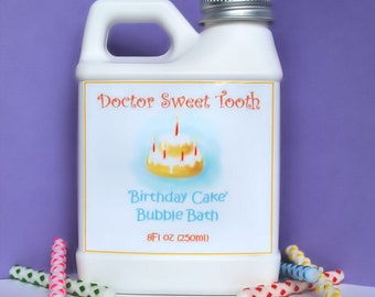 Vanilla Birthday Cake Bubble Bath 8oz