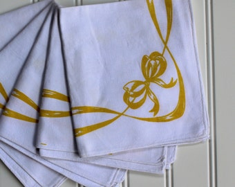 Vintage Napkins - Yellow Bow - Heavy Sailcloth - White with Yellow Bow and Garland