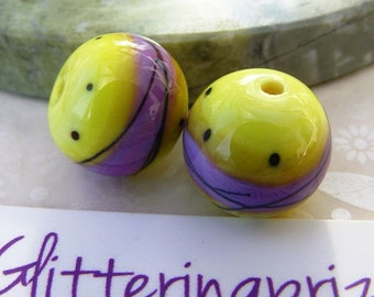 Lampwork Glass Beads Happy Trippers Pair