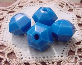Capri Turquoise Geo-Facets Vintage Lucite Beads