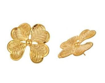 14k yellow gold plated clover leaf studs. Big, ladylike, lucky, on sale, st patricks day, elegant classic. Beautiful detail. Gift under 10