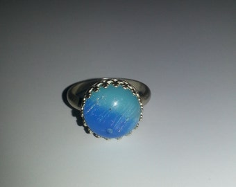 Handmade Blue Glass Cabochon set in a Sterling Silver Gallery Wire Ring - Size 7