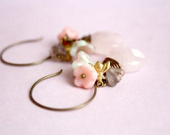 The bee garden - dainty, shabby chic, vintage, romantic dangle earrings