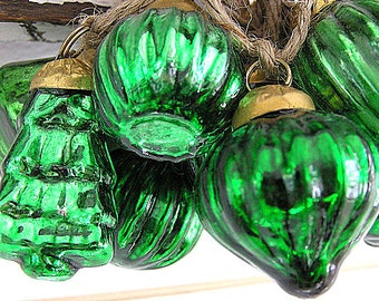 Featured in Romantic Homes Magazine!  Hand Strung Mercury Glass Holiday Ornament Garland (Green)