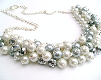 White and Silver Bridesmaid Jewelry, Cluster Necklace, Chunky Necklace, Bridesmaid Gift, Bridesmaid Necklace Bridal Jewelry, Beaded Necklace