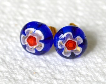 Millefiori Glass Stud Earrings .. Gold Tone Posts.. 10mm .. Cobalt Blue with a White & Red Flower
