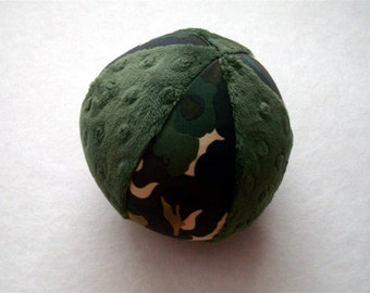The Camo Dream Ball - Squeaker Ball Toy for Dogs - Ball with Rattle for Baby - Minky Ball