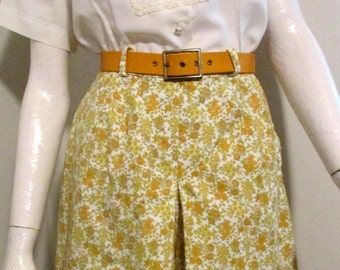 Vintage 1960's Skort with Lovely Yellow Floral Design Waist Size 24""