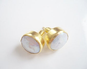 Mother of the Pearl Gold Plated EARRING