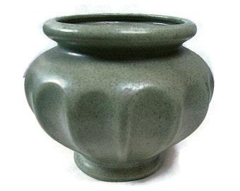 Vintage Haeger Pottery Florist Vase Green Speckled