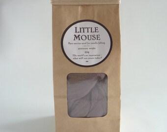 Warm grey merino roving, 25g, 1oz, 'Little Mouse', 21 micron, merino roving, merino tops, felting wool, needle felt wool, wet felting wool