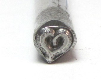 Small Bold Sassy heart Design stamp 4.5x4.5mm for name and jewelry stamping