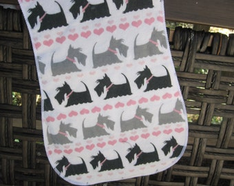 Burp cloth, black and gray  Scottie Dogs