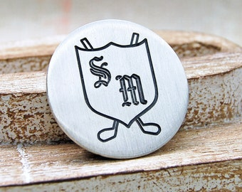 Silver Golf Ball Marker Personalised with Initials on a Shield and Clubs Badge,Gift for Golfers Father's Day,Golfing Gift,Golf Ball Marker