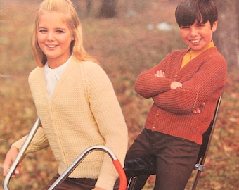 Vintage Patons Canadiana Styles Knitting Pattern Book