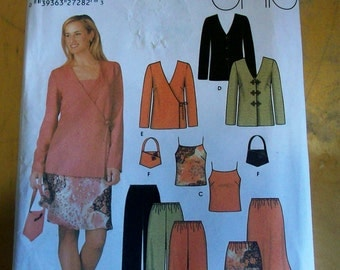 Simplicity 5261 Misses jacket, pull-on pants, bias skirt, camisole and bag sewing pattern