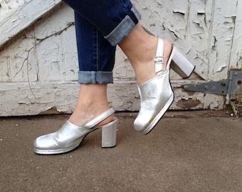 Size 7.5, Sparkling Silver Platform Shoes - 70s Glam Rock - Glittering Disco Diva