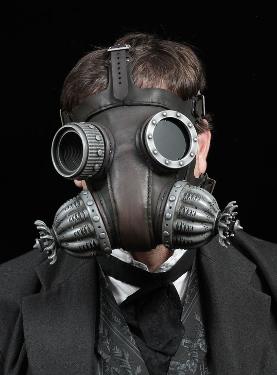 Defender gas mask in black Steampunk