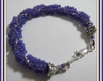 Purple Bracelet, Spiral Bracelet,  8 1/4 inch Beadwoven, Seed Bead Bracelet,  Beaded Bracelet, extender chain Item #992