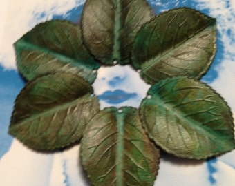 Verdigris Large Leaf Stamping with Hole 818VER x2