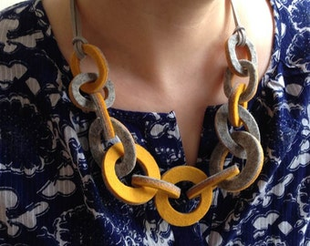 Strata Link Necklace - Mustard & Grey.