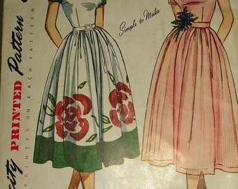 Vintage 50s New Look Square Collar Cocktail Party Border Print Day Dress WOUNDED BIRD Sewing Pattern 3229 b32