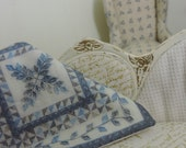 dollhouse miniature quilt embroidered shabby country dollhouse 1:12 scale french vintage