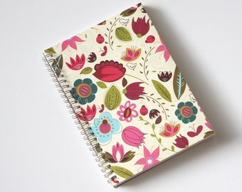 Large Coupon Organizer with 14 Pockets - Pre Printed Labels Included - Bright Wild Flowers