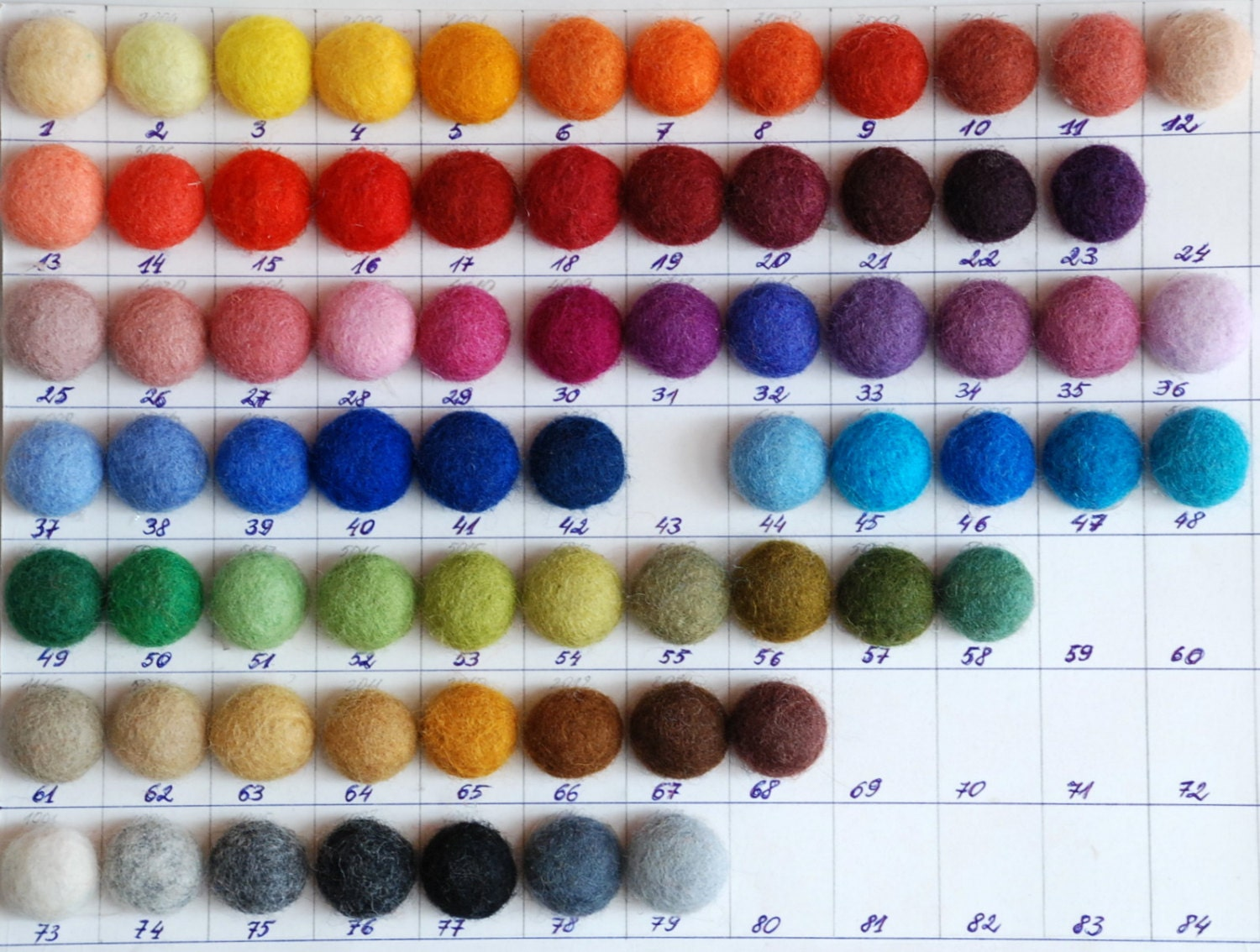 Carded wool batts over 70 colors soft New Zealand by zavesfelt