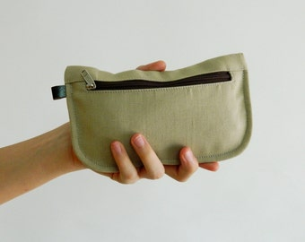 SALE SALE SALE  20% Sale - // D- Pouch in Creme // Wallet / clutch / cosmetic bag / iphone case / travel / Women / Pouch