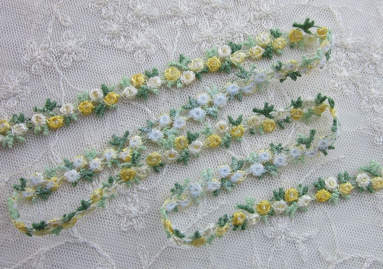 Embroidered rose bud yellow white flower ribbon trim scrapbook