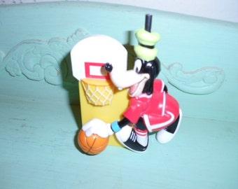 Vintage Disney Goofy Gum Ball Machine Toy Figure