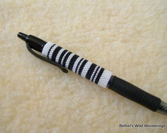 Barcode #1 Pen Sleeve Beading pattern for Pilot G2 pen