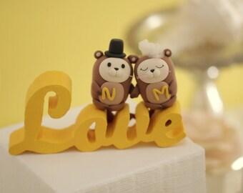 """otter """"LOVE"""" Wedding Cake Topper--k612"""