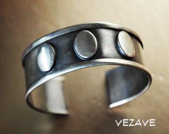 Modern vintage 40s german silver, hand made , layered cuff bracet. Size7 - 7 1/2