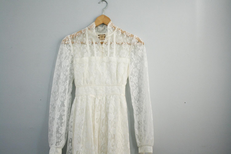 vintage 70s Prairie or Woodland Wedding Dress Gunne Sax