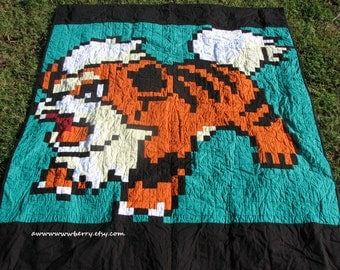 Pokemon Growlithe Pixel Quilt