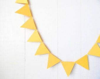Triangle Garland / Bunting Lemon Yellow 10 ft