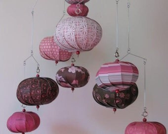 Hanging mobile with pink brown in great coordinating papers