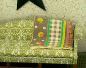 Vintage Quilt Red Black Bedding Bedroom 1:12 Dollhouse Miniatures Artisan