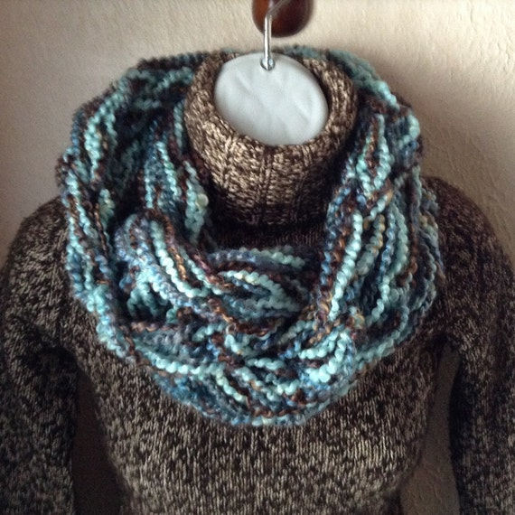 Arm Knitting Infinity Scarf : Arm knit scarf infinity blue and by signsfromtheheart