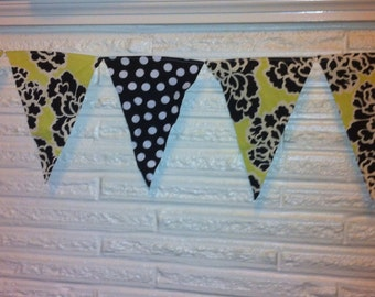 Scrappy Bunting - Blossoms & Dots