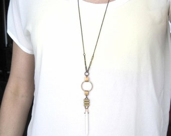 White Howlite Spear and Brass Detailing Necklace
