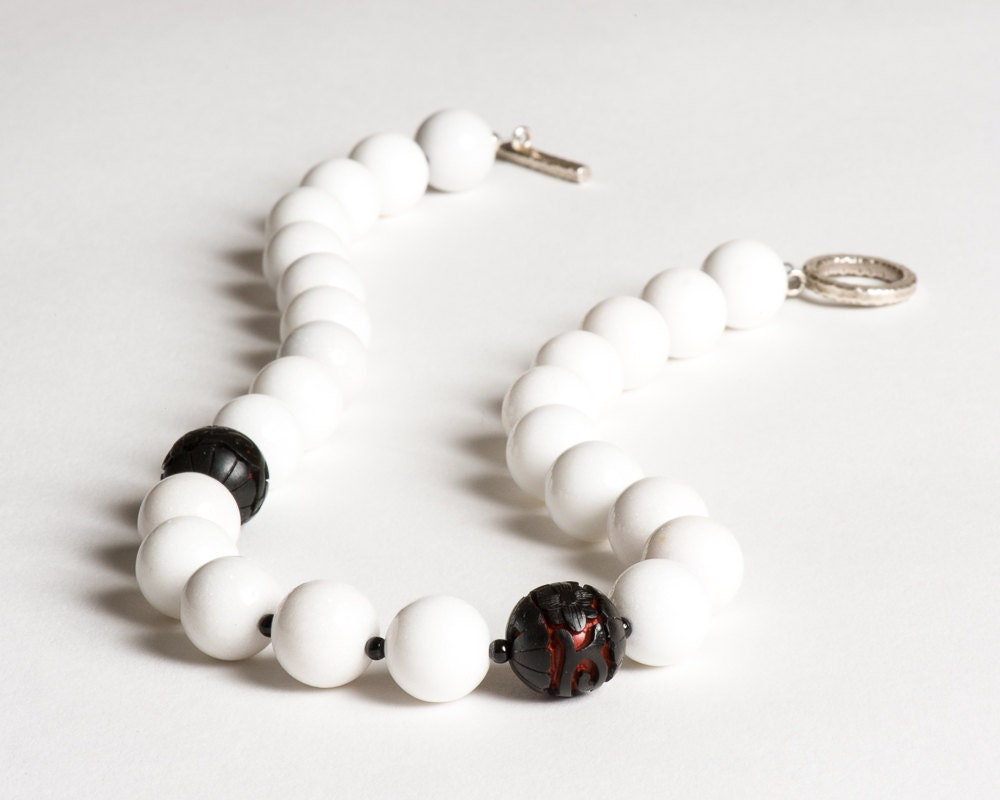 white dolomite necklace with vintage black and red cinnabar. Black Bedroom Furniture Sets. Home Design Ideas
