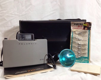 Polaroid Land Camera 210