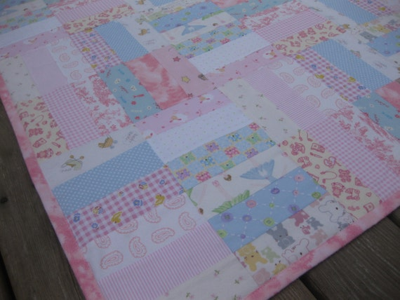 Baby Gift Quilt : Pink flannel quilt for a baby girl gift crib by