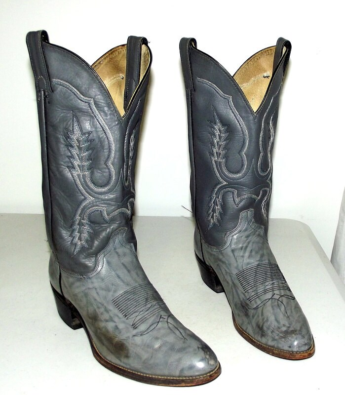 grey western cowboy boots size 10 d or womens size 11 5