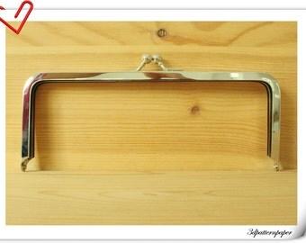 9 inch by 3 1/2 inch (23cm x 9cm) silver purse frame Y38